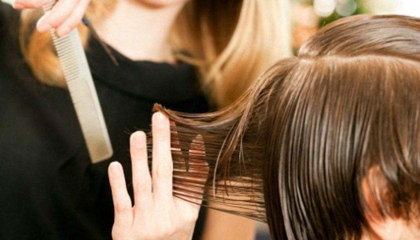 Salerno, parrucchieri e barbieri aperti anche nei festivi