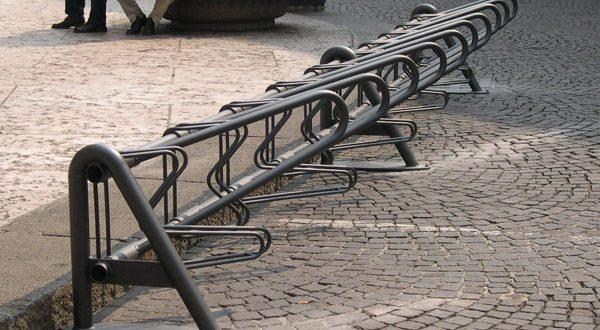 """Fase 2, Giuseppe Ventura scrive al sindaco Napoli: """"Da installare le rastrelliere per le biciclette"""""""