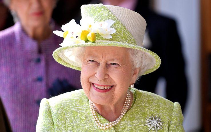 Condannato il valletto della regina Elisabetta per furto a Buckingham Palace