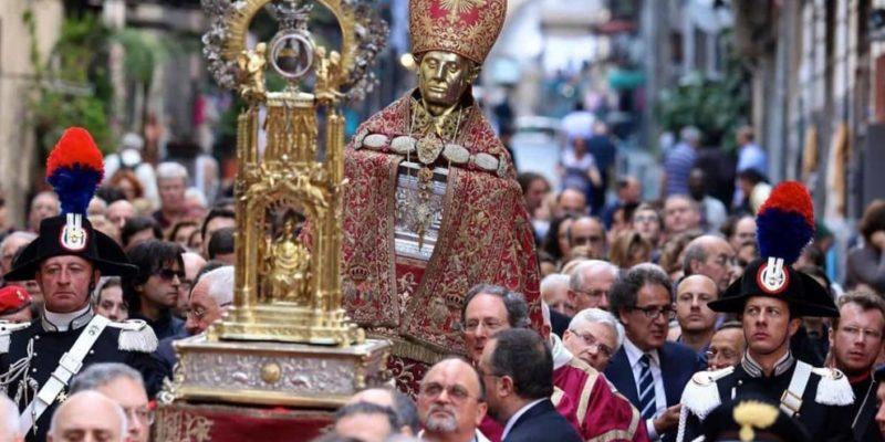 Covid 19, a Napoli non ci sarà la tradizionale processione per San Gennaro