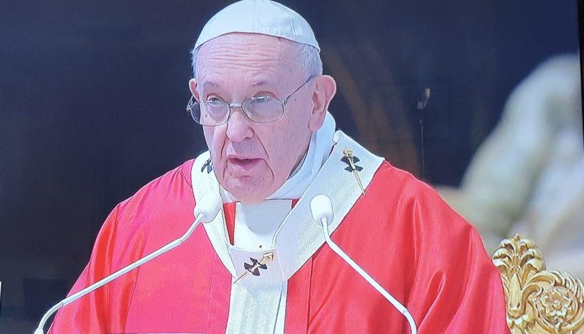 Giornata Mondiale dei Giovani. Il Papa nell'omelia invita i giovani a guardare ai veri eroi