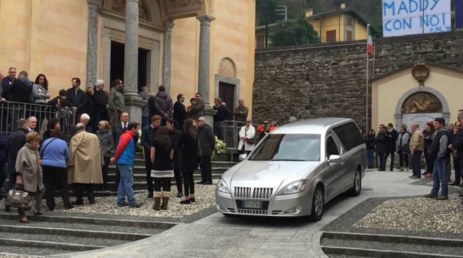 Partecipano al funerale di un 96enne, persone multate a Stella Cilento