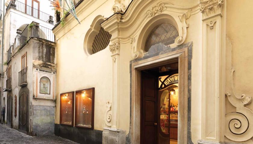 Riapre Pantaleone, da lunedì torna il dolce più antico di Salerno