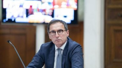 """Il ministro Boccia avverte le Regioni: """"Passaporto sanitario è contro la costituzione"""""""