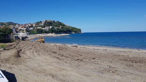 Agropoli. Prosegue la sistemazione delle spiagge in attesa della stagione estiva