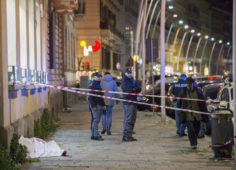 Uccise connazionale a Mergellina per un posto ai semafori da ambulante: 12 anni a un magrebino
