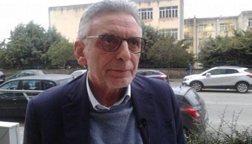 Di ritorno dalla spiaggia con i nipoti, Michele Ragosta finisce in quarantena