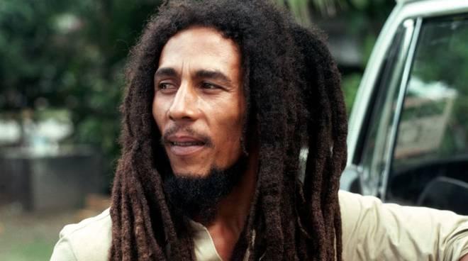 Accadde oggi: 39 anni fa a Miami morì Bob Marley, il mito della musica reggae