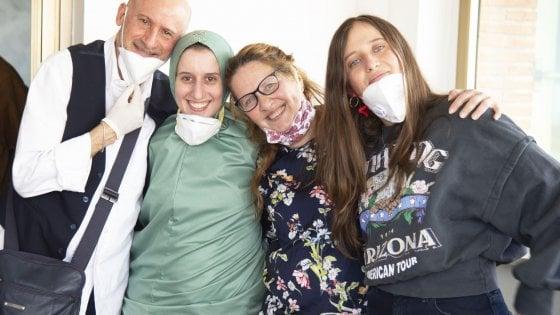 """Il ritorno di Silvia Romano: """"Mi sono convertita all'Islam di mia volontà"""""""