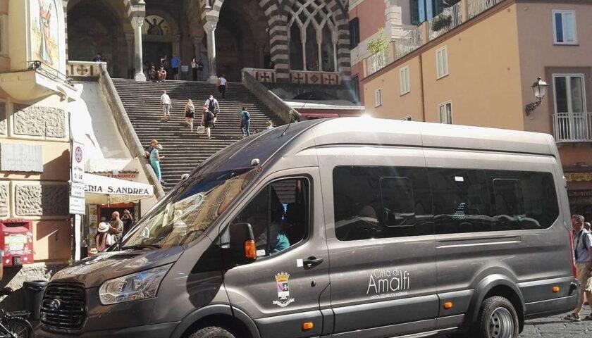 Amalfi: da oggi riparte il servizio bus interno durante le ore pomeridiane