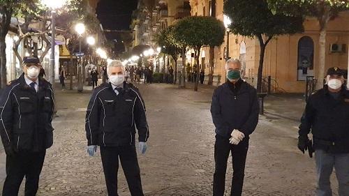 Controlli serrati, in campo anche il sindaco Vincenzo Napoli