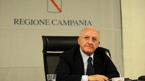 """De Luca ai sindaci della Campania: """"Avete 40 giorni di tempo per mettere in sicurezza le scuole"""""""