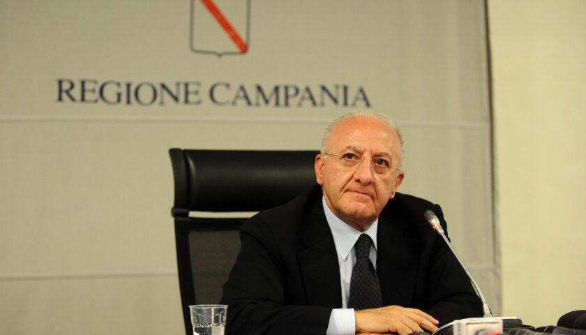 """Scuole, De Luca al ministro Azzolina: """"Stop ai docenti fuori regione, grave la situazione per il sostegno"""""""