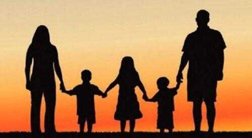 Regione Campania: stanziati altri 37 milioni per bonus a famiglie con figli minori di 15 anni