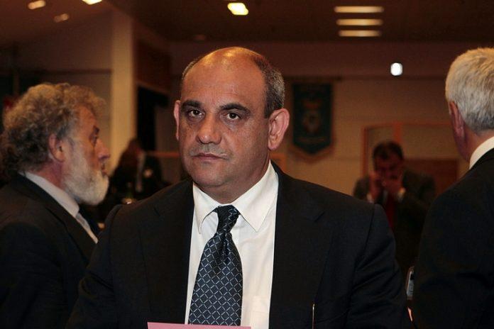 """Il sindaco di Santa Marina Fortunato candidato al consiglio regionale a sostegno di Caldoro: """"Ce la faremo"""""""