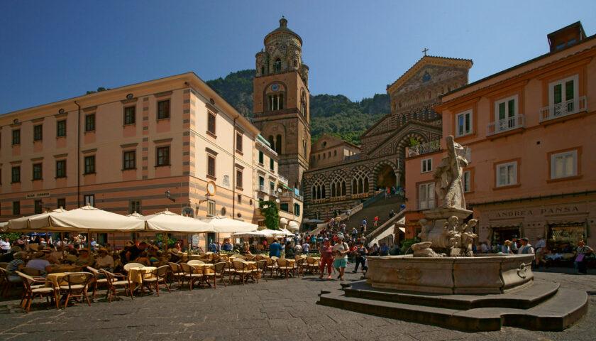 Amalfi riparte, ascensori pubblici aperti fino a mezzanotte