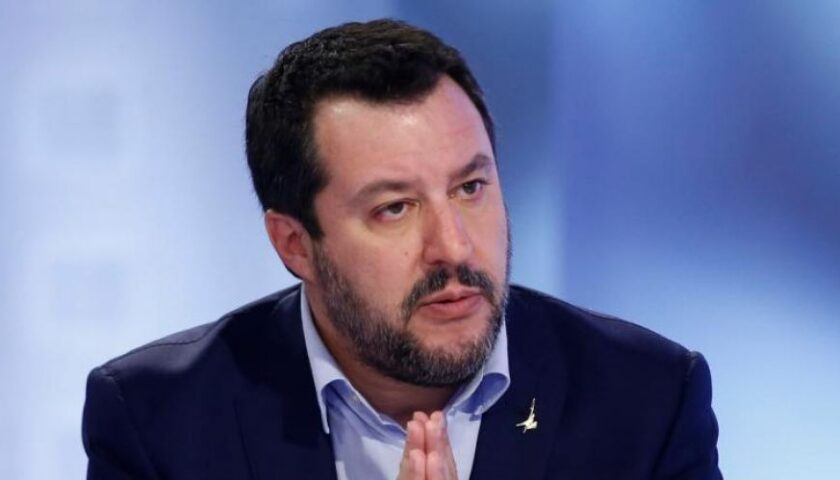 Caos giustizia per l'emergenza covid, il processo a Salvini rinviato a ottobre