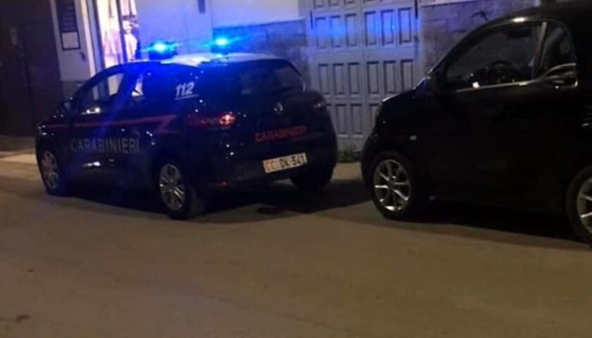 """Tentato furto dalla sartoria da Sofia di Angri, i vicini allertano i carabinieri. Il sindaco: """"Siamo una comunità straordinaria"""""""