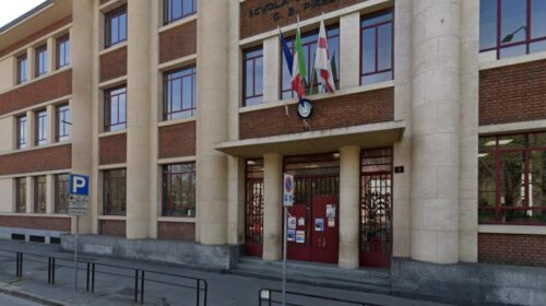 """Bimbo morto nelle scale della scuola a Milano, la procura: """"Maestre colpevoli"""", c'è anche una salernitana"""