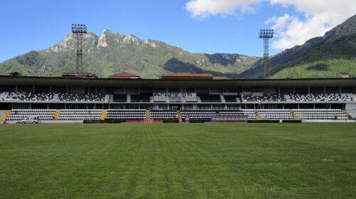 Cava de' Tirreni, prende corpo il nuovo stadio Simonetta Lamberti: arrivate le nuove torri faro