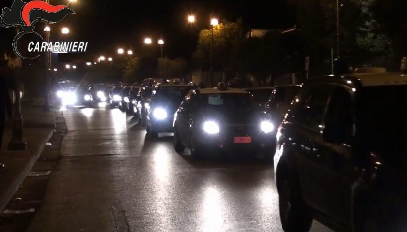 Blitz anticamorra contro i Puca/Verde/Ranucci, arrestati i fratelli Cesaro: sequestrato anche un centro commerciale