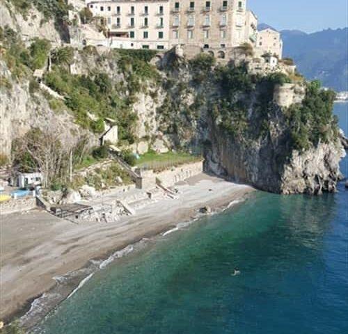Ravello piano spiaggia: Castiglione solo per residenti e cittadini di Scala
