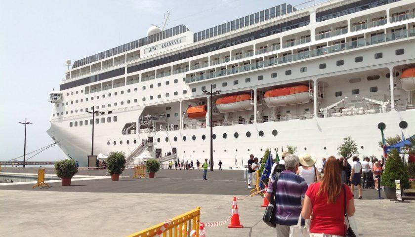 Cancellate 70 prenotazioni per le navi da crociera, Salerno perde 100mila visitatori