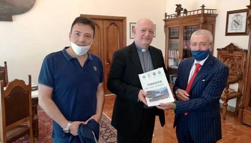 Il vescovo Bellandi incontrato il comitato per la realizzazione della tratta Eboli/Calitri/Pescopagano