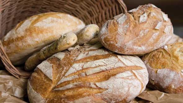 Stangata anche sul pane: si rischia di pagare 1 euro al chilo in più in Campania
