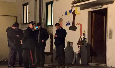 Occupava abusivamente la casa dove fu ucciso Gegè De Marco: extracomunitario sgomberato
