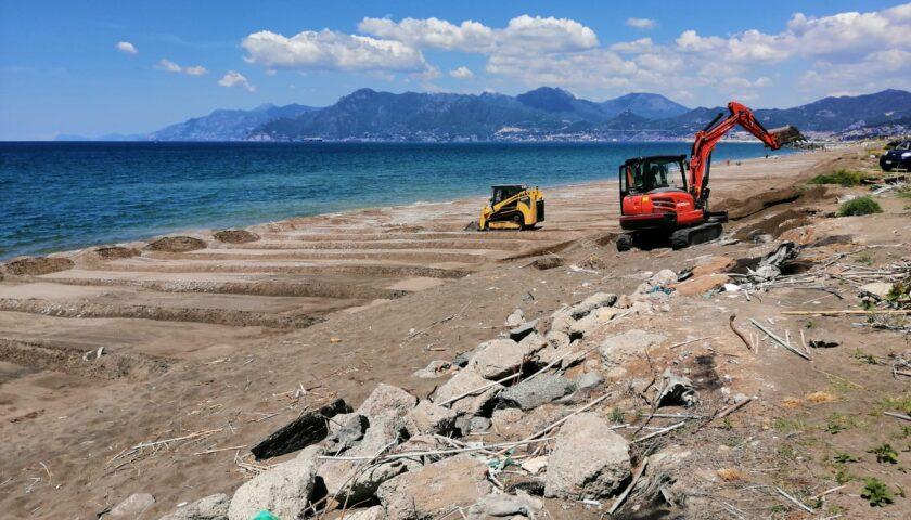 Ultimati i lavori di pulizia e spianamento delle spiagge salernitane