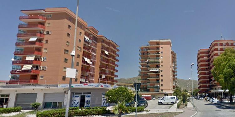 Mondragone, ex palazzi Cirio zona rossa fino al 7 luglio