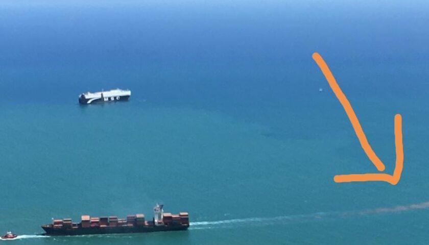 Il consigliere comunale di Salerno Lambiase denuncia lo scarico a mare di liquami da parte di una nave