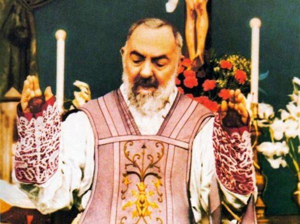 Accadde oggi: il 16 giugno del 2002 Papa Giovanni Paolo II proclama Santo Padre Pio