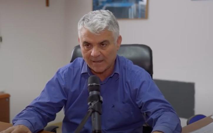 I soldi delle indennità del sindaco di Camerota per internet agli studenti