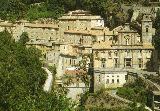 Cava de Tirreni – muore a 53 anni don Raimondo Gabriele, lutto all'Abbazia