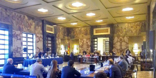 Salerno, mercoledì consiglio comunale a porte aperte per 30 cittadini