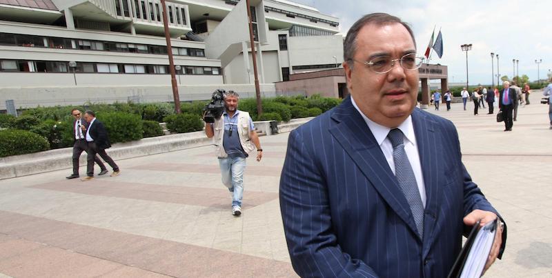 Arresto di Sergio De Gregorio nell'inchiesta su estorsione e riciclaggio, l'ordine dei Giornalisti lo sospende
