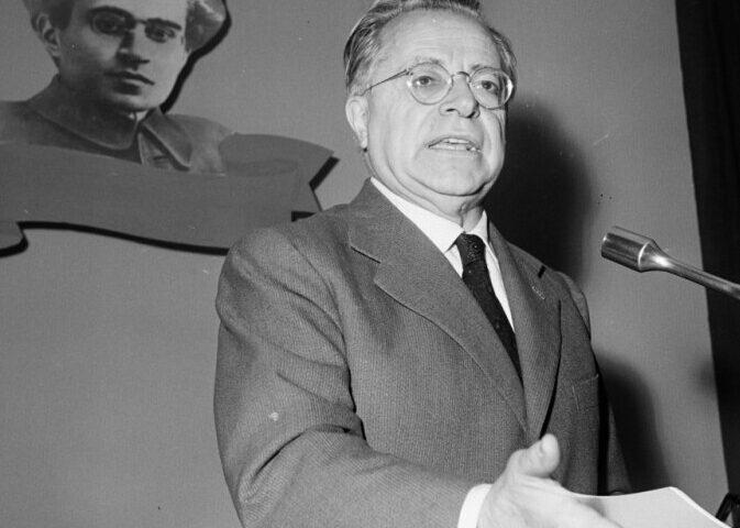 ACCADDE OGGI: IL 22 GIUGNO 1946 ENTRA IN VIGORE L'AMNISTIA PER I REATI POLITICI
