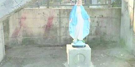 Sversamenti nel Sarno, statua della Madonna contro gli incivili a Scafati: l'anatema del parroco