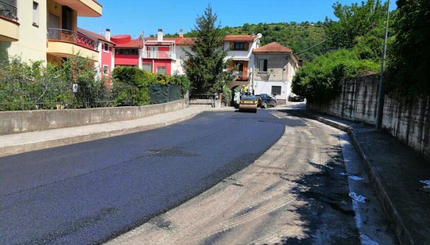 Pellezzano – continuano i lavori di manutenzione della viabilità cittadina