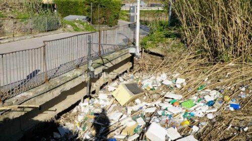 No all'abbattimento del ponte in via Marconi. L'opposizione chiede un Consiglio comunale monotematico.