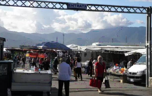 "L'Anva ai mercatali di Salerno: ""Indossate sempre la mascherina"""