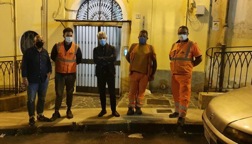 Salerno – lavori di rifacimento del manto stradale al centro storico