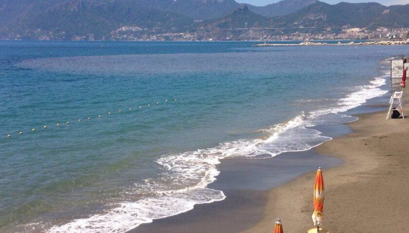Mare inquinato a Salerno, l'Udicon chiede chiarezza