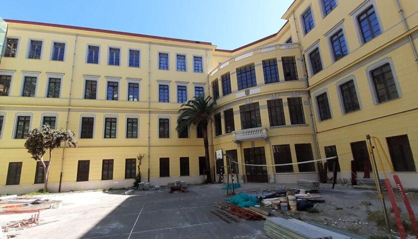 Liceo Tasso di Salerno, a buon punto il rifacimento della facciata interna