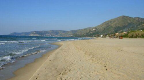 """Spiagge a Salerno, Cammarota: """"Bando per secchiello e palette"""""""