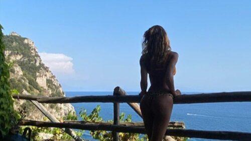 Belén Rodríguez in vacanza in Costiera Amalfitana
