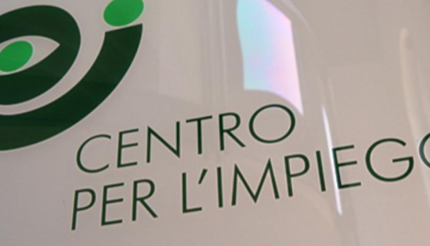 Riaperti in Campania i Centri per l'Impiego, bisogna prenotarsi. Ecco la mappa degli uffici