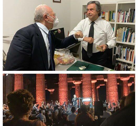 """De Luca applaude il Maestro Muti: """"Straordinaria esibizione a Paestum, ripartiamo dalla Cultura per rilanciare la nostra regione"""""""